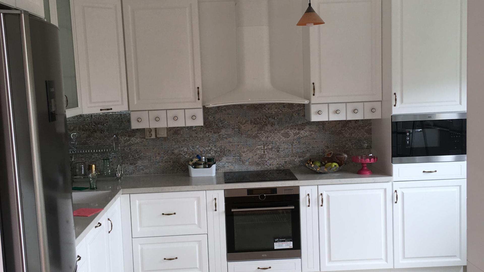 kuhnq-po-proekt-kitchen-SP-furnish-design